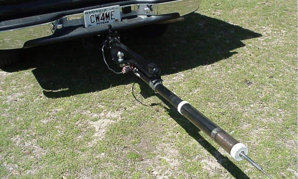 Screwdriver antenna