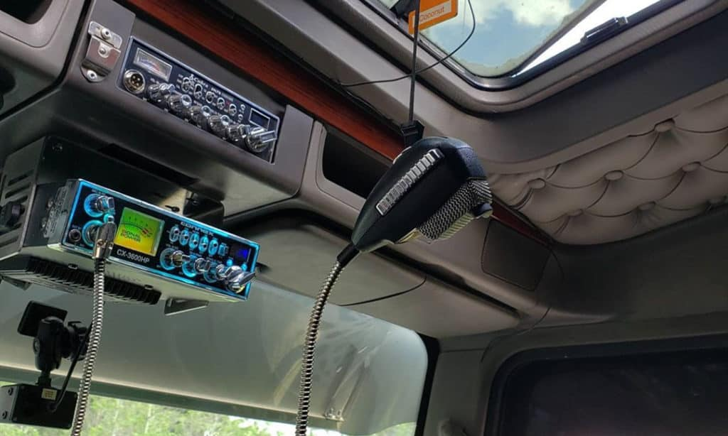 Best CB Radio for Truckers