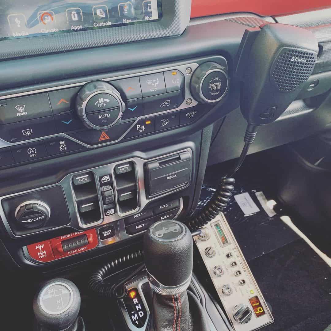 best cb radio for jeep wrangler